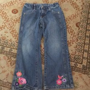 Gymboree 6 plus embroidered bird & flower jeans